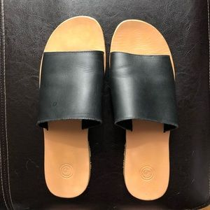 Urban Outfitters Soft leather slides LIKE NEW